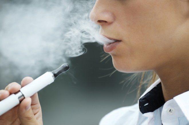 L'e-cigarette pourrait-elle aider à arrêter de fumer ?