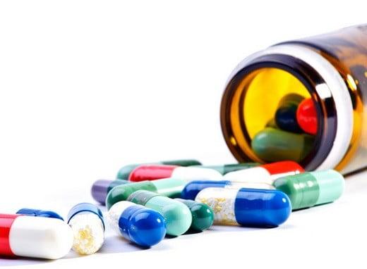 Des médicaments.