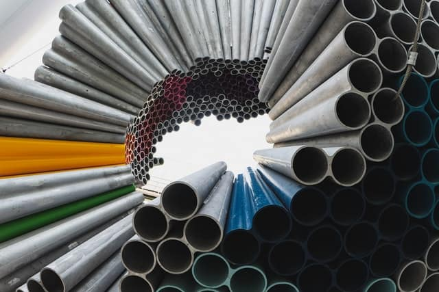 Des tubes réalisés en métaux/